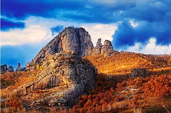 呼伦贝尔牙克石巴林喇嘛山