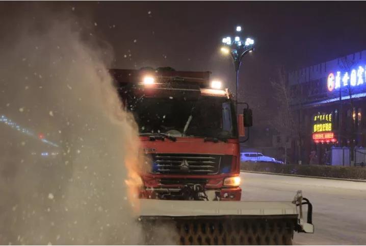 呼伦贝尔海拉尔区清雪工作