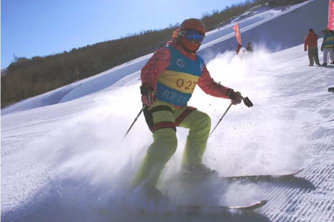 呼伦贝尔扎兰屯金龙山滑雪场