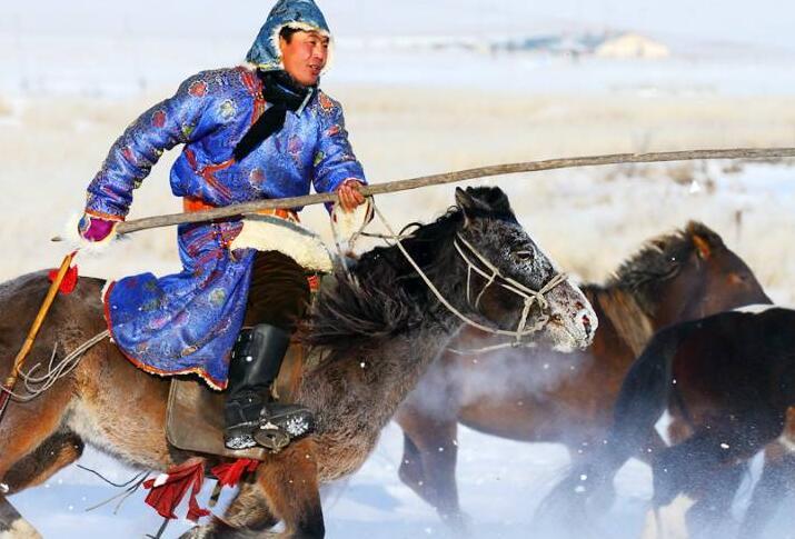 内蒙古第十五届冰雪旅游那达慕将拉开帷幕