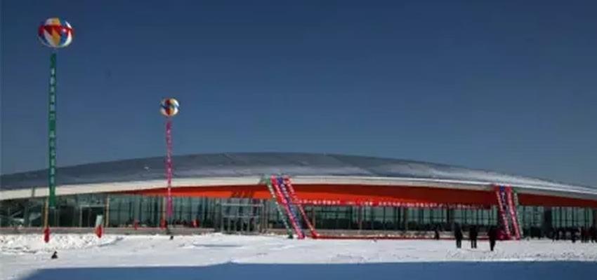 呼伦贝尔牙克石凤冠滑雪场电话是多少