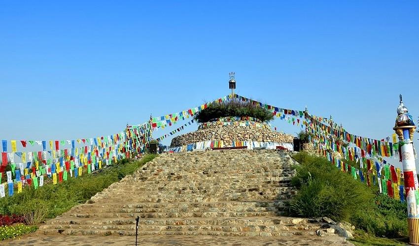 海拉尔旅游_蒙古族祭祀敖包仪式时间 祭敖包的形式 - 怎么祭拜敖包 ...