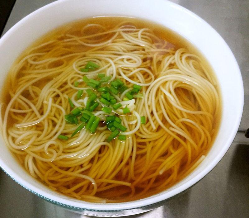 呼伦贝尔特色美食面食热汤面?