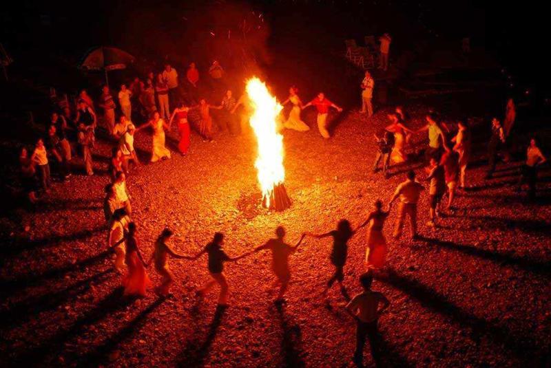 呼伦贝尔民俗文化篝火节