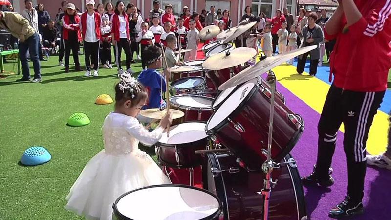 阿龙山幼儿园以形式多样的活动庆六一儿童节