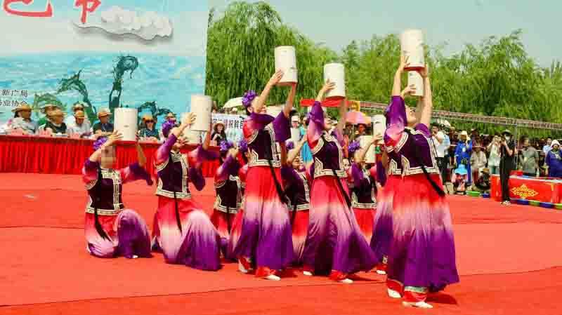 达斡尔族的传统节日斡包节