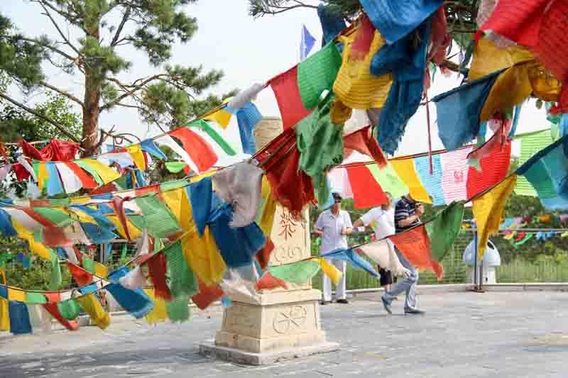 达斡尔族的传统节日斡包节介绍