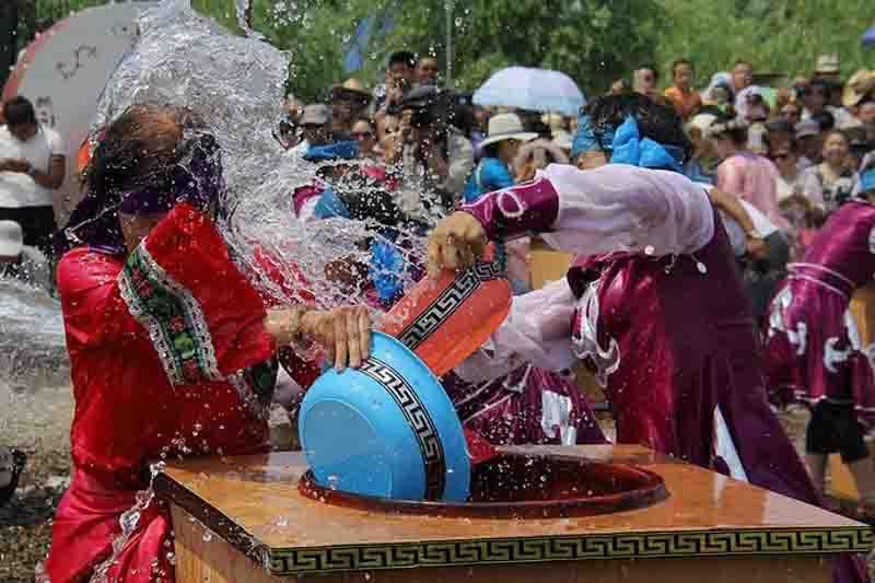 达翰尔民族节日--瑟瑟仪介绍