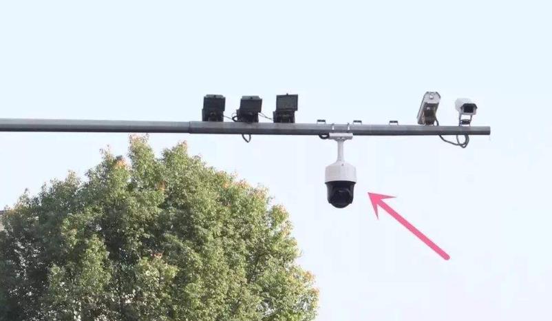关于启用现场实时记录及违法停车抓拍电子设备