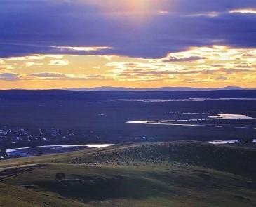 根河湿地和额尔古纳湿地是一个地方吗?