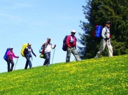 呼伦贝尔草原徒步穿越需要准备什么?