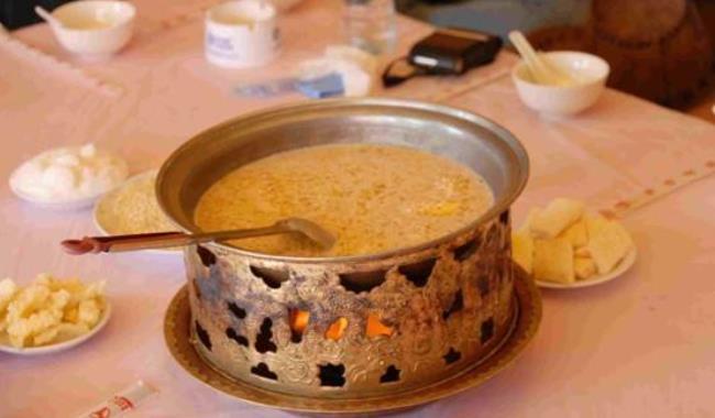 到呼伦贝尔旅游不能错过的特色美食有什么