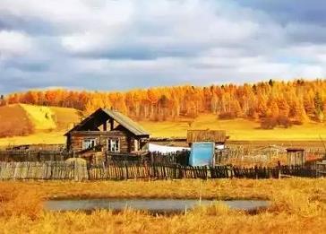 金秋十月,去呼伦贝尔旅游能欣赏到怎样的景色?